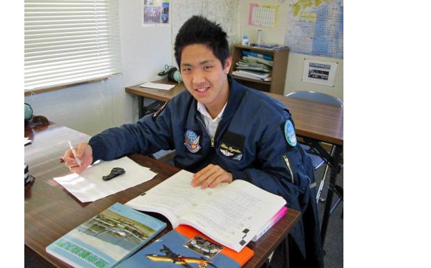 ヘリコプター免許取得に向けて勉強中