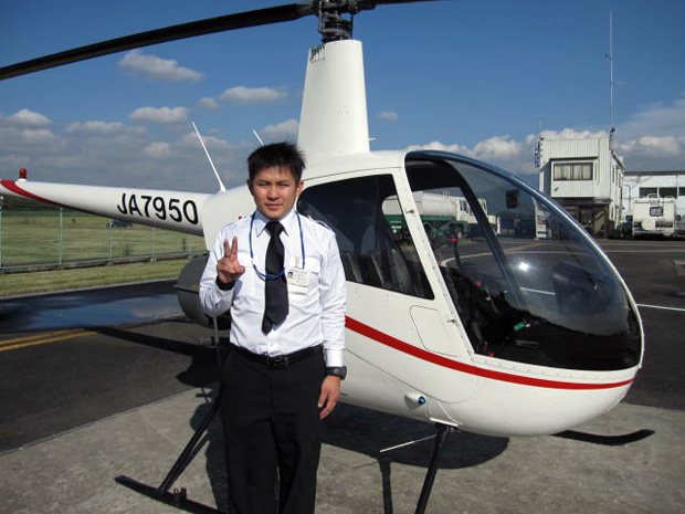 自家用ヘリコプターの操縦士実地試験に合格